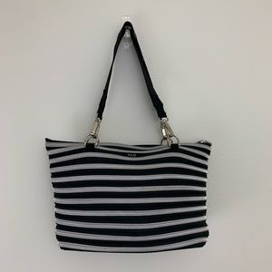 BAM Bags Flat Bottom Tote Zip Purse